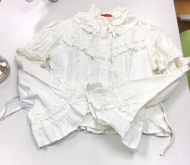 Btssb 20frilly 20blouse 20in 20off white 20proof 2001