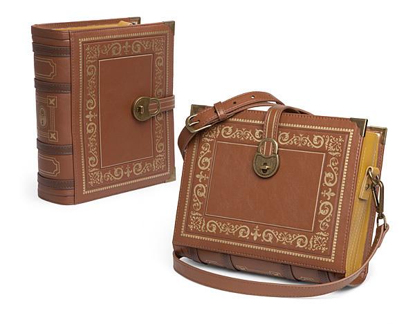 Itkl olde book purse