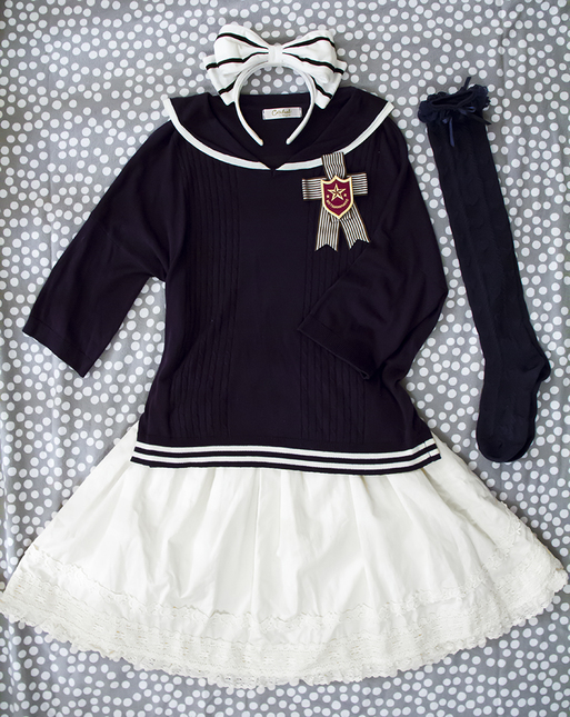 Sailor 20top 20outfit 20small