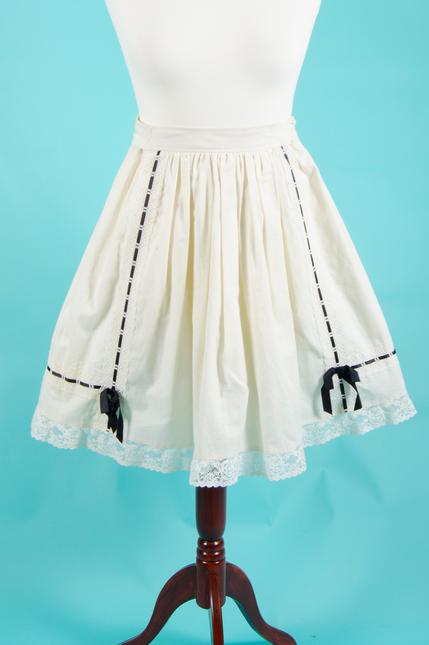 Resized 0003 skirt meta (1)