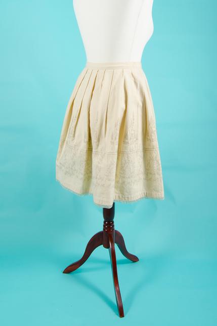 Resized 0004 skirt etccastle (2)