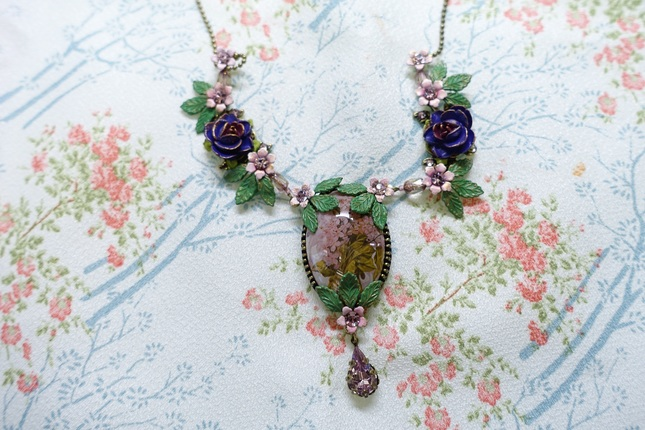 Mg necklace 02
