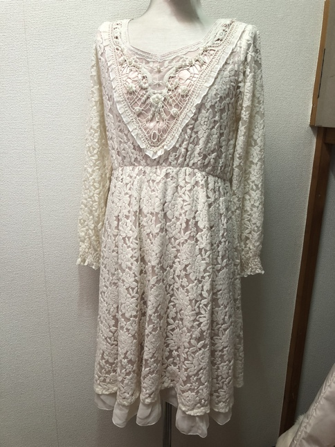 Axes Femme - cream antique style midi length lace dress w. pearls [PLUS  size ok!]
