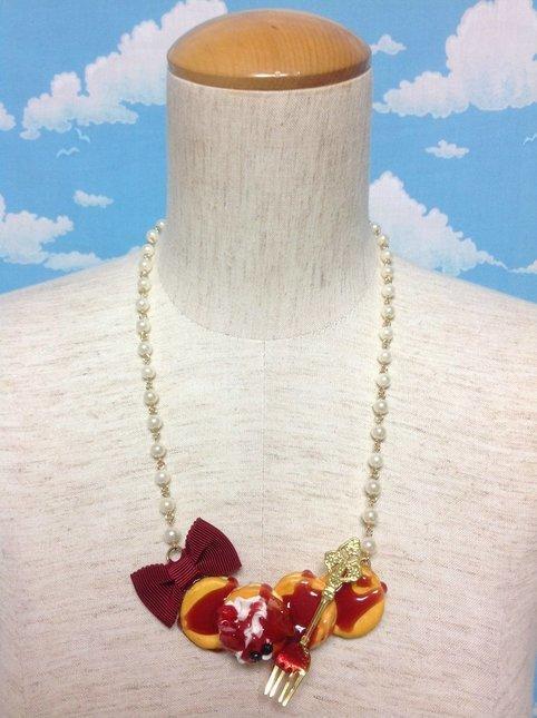 Pancake ribbon necklace  69635.1478979743.1000.1200 530x 2x
