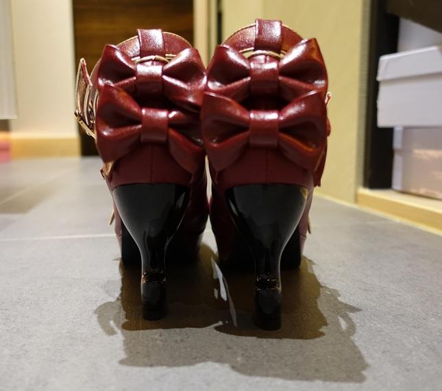Shoes08 04