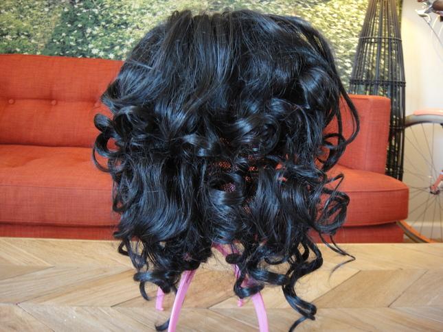 Wig prisilavolumaki black1