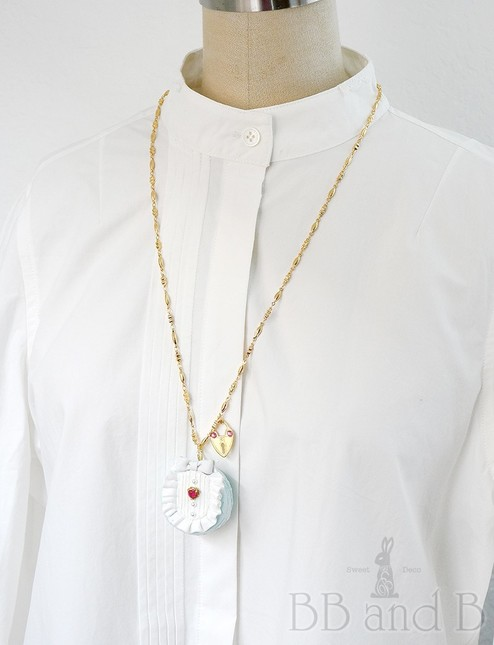 Aiw alice macaron necklace with heart padlock