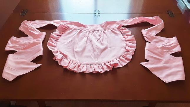 Pink 20half 20apron 20front