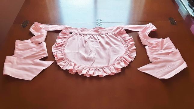 Pink 20half 20apron 20rear